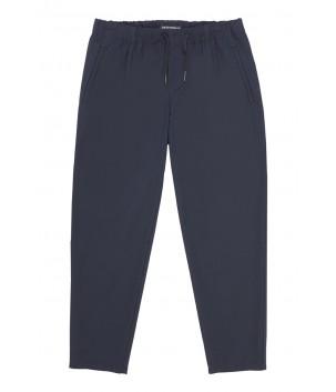 Pantaloni cu siret