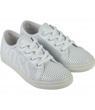 Pantofi perforati