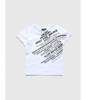 Tricou cu print in diagonala